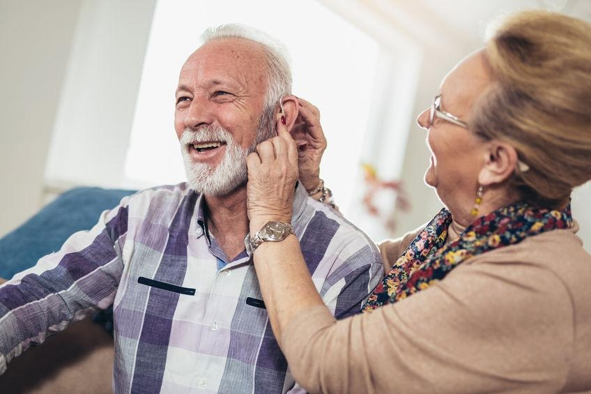 Choisir sa prothèse auditive: 3 astuces pratiques
