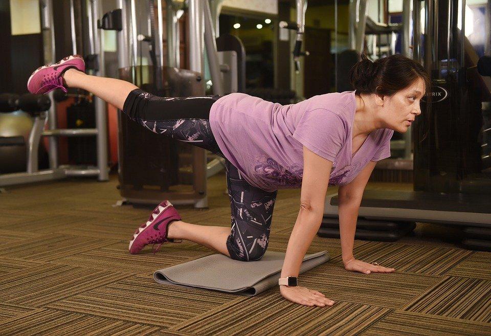 Comment réussir à perdre du poids à la ménopause et maintenir une bonne santé?